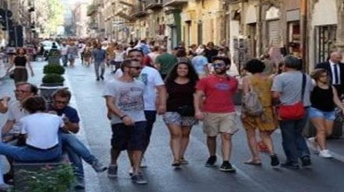 Palermo – Negozi aperti e boom di turisti, la città che non va in ferie