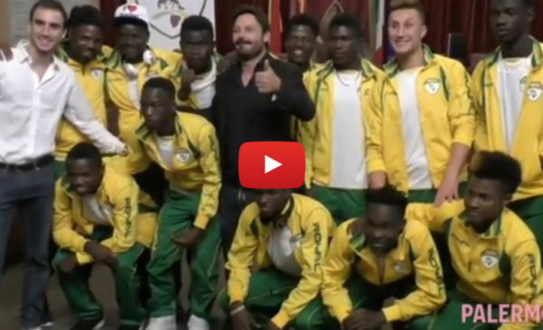 Sotto gli occhi di Totò Schillaci nasce a Palermo la prima squadra di migranti |VIDEO