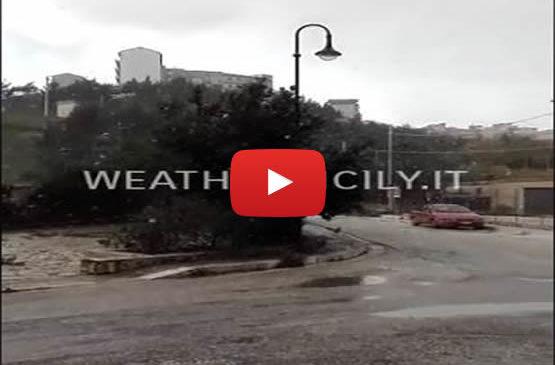Palermo, le spettacolari immagini della nevicata a Prizzi  IL VIDEO