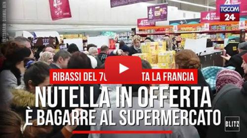 Dopo i pandori a Palermo, guardate cosa succede in Francia per la Nutella in offerta 😱 VIDEO 🎥
