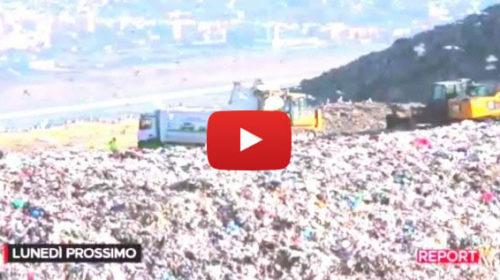 Autocompattatore a Bellolampo beccato dalle telecamere di Report, Il Comune cerca i colpevoli 📺 VIDEO 🎥