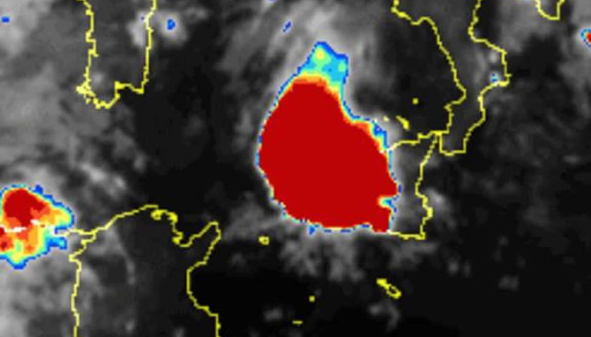 Forti temporali in Sicilia: nubifragi in atto, bomba d'acqua su Palermo [LIVE]