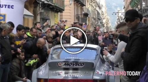 Targa Florio, si parte: folla di appassionati al Massimo per la gara più antica del mondo 🎥 IL VIDEO