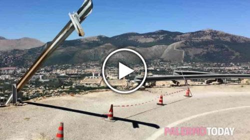 Auto giù da Monte Pellegrino, morti 2 ragazzi: il VIDEO dal luogo dell'incidente 🎥
