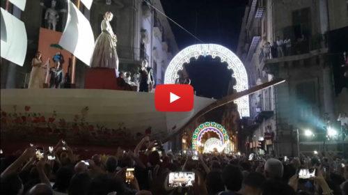 """L'urlo di Leoluca Orlando ai Quattro Canti: """"Palermo ti amo"""" 🎥 VIDEO"""