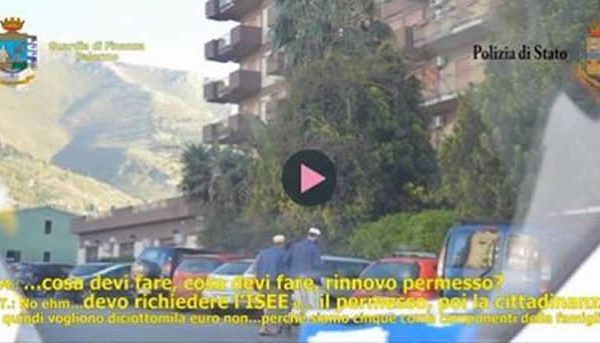 """Ti serve il permesso? Preparo tutto io…"": così nascono i falsi documenti per i migranti
