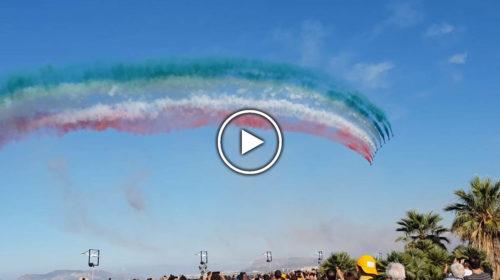 Il tricolore più lungo del mondo sul cielo di Palermo – Ecco l'emozionante VIDEO dal Foro Italico 🎥🔊