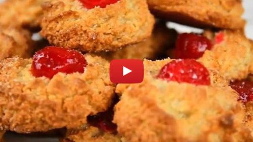 Pasticcini di mandorla con ciliegia: Ecco la VIDEO RICETTA!