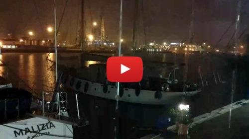 Ancora maltempo su Palermo ⛈ Ecco le immagini IN DIRETTA dal Porto