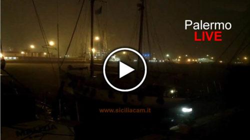 Maltempo su Palermo ☔ Ecco le immagini le immagini IN DIRETTA dal Porto 🎥