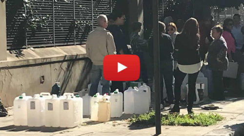 Acqua razionata a Palermo, persone in coda alle fontane per rifornimento – IL VIDEO 🎥