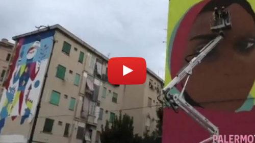 Un nuovo volto per le case popolari, realizzati quattro enormi murales alla Kalsa 🎥 VIDEO