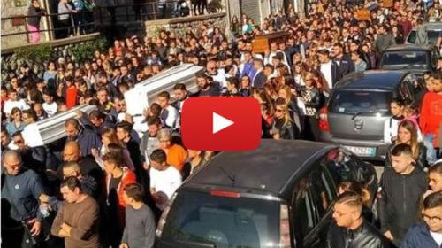 Donna sviene in Cattedrale durante i funerali delle vittime di Casteldaccia – IL VIDEO