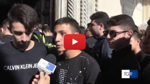 L'addio alle vittime di Casteldaccia, le voci dei compagni di scuola di Federico 🎥 VIDEO