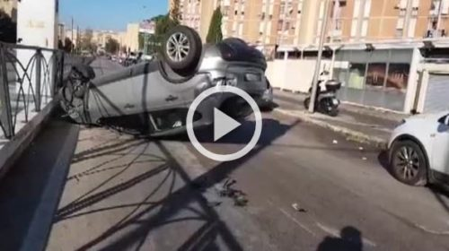 Palermo, auto si ribalta allo Sperone 🎥 VIDEO
