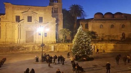 Palermo, il Natale 2018 accende anche i monumenti Unesco – LE IMMAGINI