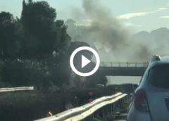 Paura sull'autostrada A19: tir in fiamme dopo lo svincolo di Altavilla – IL VIDEO
