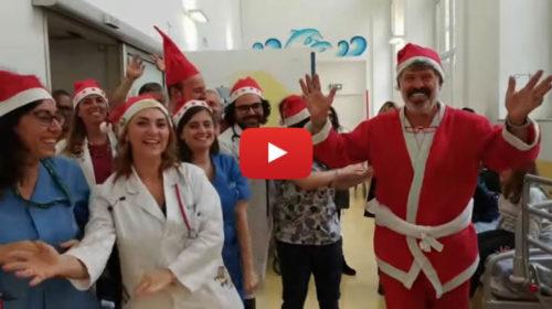 Musica e balli, il Buon Natale dall'ospedale dei bambini di Palermo 🎥 VIDEO