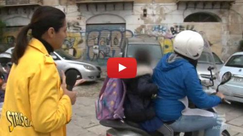 Striscia la Notizia a Palermo, i motociclisti con i bambini senza casco 🎥 VIDEO