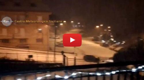 Situazione LIVE: nevica in maniera decisa su Caccamo (PA) ❄ VIDEO 🎥