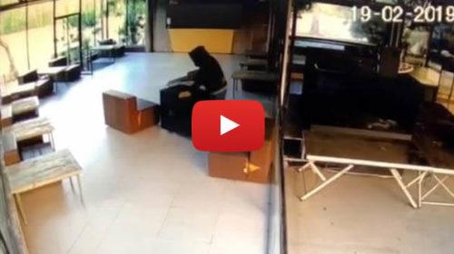 Tentato furto al Country Disco Club, il ladro abbandona la cassaforte 🎥 VIDEO
