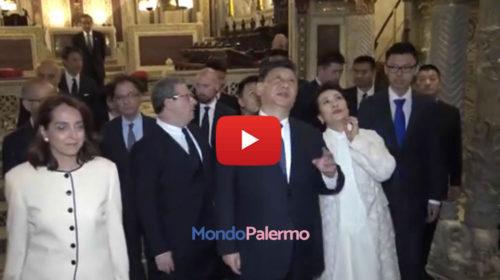 Palermo, lo stupore di Xi Jinping e la moglie durante la visita alla Cappella Palatina | VIDEO 🎥