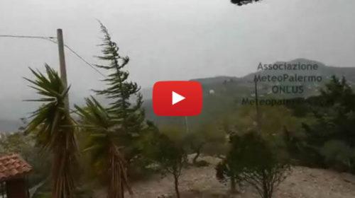 Forti venti di scirocco imperversano il palermitano, ecco le immagini 🌬 VIDEO