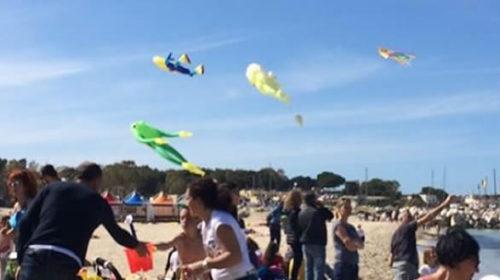 Emozioni a colori nel cielo di San Vito Lo Capo con il Festival degli Aquiloni – LE IMMAGINI
