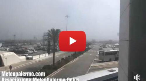Nebbia da avvezione all'aeroporto Punta Raisi di Palermo – IL VIDEO 🎥