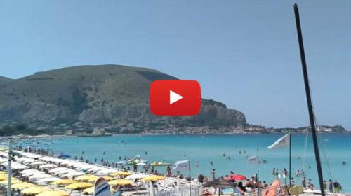Mondello IN DIRETTA +30°C ☀ Le immagini dalla spiaggia 😍