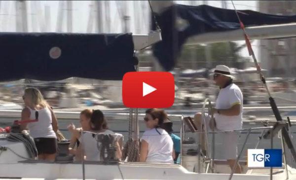 Iniziativa dedicata a minori con deficit visivi: in barca a vela nel golfo di Palermo | VIDEO 🎥