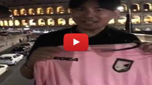 """Cinese super tifoso del Palermo: """"La mia fede non retrocede!"""" 🎥 VIDEO"""