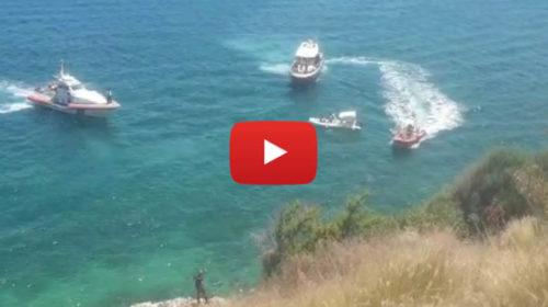 Tragedia nel mare fra Vergine Maria e l'Addaura, uomo muore annegato: vani i soccorsi | IL VIDEO 🎥