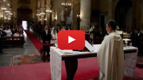 Matrimonio col 'botto' a Palermo, al momento della benedizione tuono provoca un blackout in chiesa 🎥 VIDEO