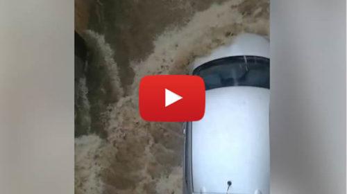 Maltempo, Situazione critica a Leonforte (Enna), strade come fiumi in piena | VIDEO 🎥