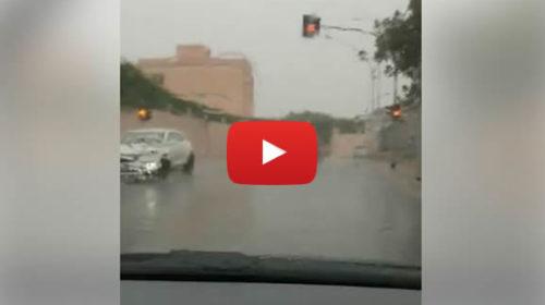 """Palermo, Pioggia a """"secchiate"""" in città: le immagini dall'Arenella 🎥 VIDEO"""