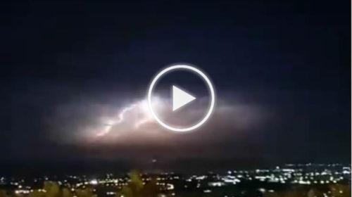 Panoramica LIVE da Carini: spettacolari fulminazioni in direzione nord-est 🌩 VIDEO 📹
