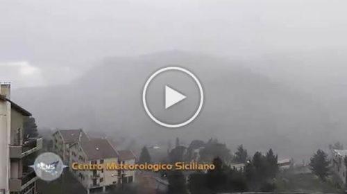 Situazione LIVE: nevica a Petralia Sottana (PA) | VIDEO 📹