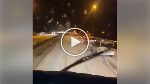 Neve in Sicilia, ecco come si presentava questa notte l'autostrada Palermo-Mazara del Vallo dopo Carini | VIDEO 📹