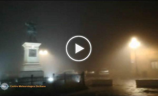 Situazione LIVE: Piazza Armerina avvolta dalla nebbia | IL VIDEO 📹