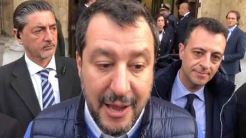 """Salvini cancella la passeggiata a Ballarò ma critica Orlando: """"Contento che almeno abbia pulito il quartiere"""" (VIDEO)"""