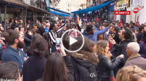 Palermo, Salvini atteso al mercato di Ballarò: contestatori in piazza | VIDEO 📹