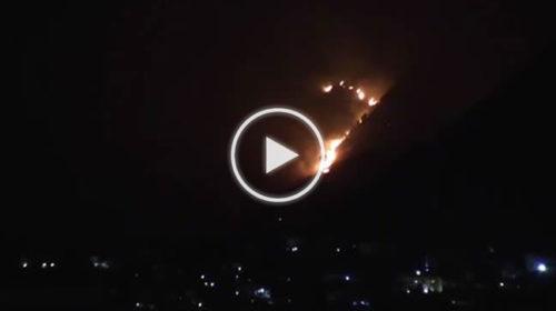 Incendio a San Martino delle Scale, fiamme alte ma il vento ferma i canadair | VIDEO 📹