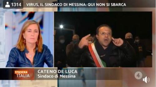 """""""Non si entra più a Messina"""" De Luca pronto a fermare il traghetto in arrivo 📹 VIDEO"""
