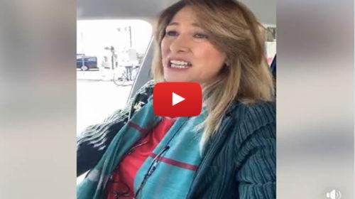Protesta contro il Mes, eurodeputata della Lega suona il clacson a Mondello: interviene la polizia 📹 VIDEO