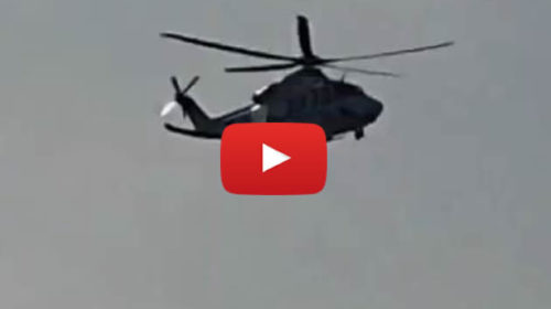 Coronavirus, sui tetti dello Sperone in festa arriva l'elicottero dei Carabinieri | VIDEO 📹