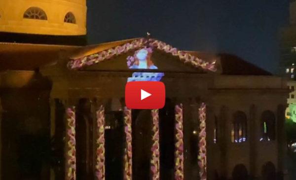 Proiezione a sorpresa sul Teatro Massimo di Palermo: Santa Rosalia illumina la città in quarantena | VIDEO 📹