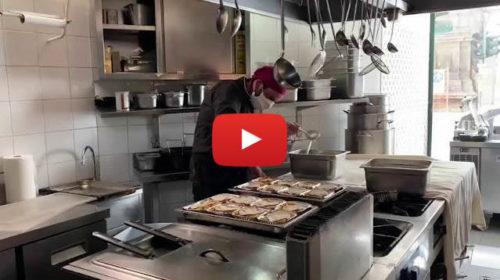 """""""Sciopero alla rovescia"""" dei ristoratori palermitani: donati 2mila pasti per i poveri 📹 VIDEO"""