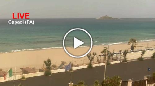 Caldo RECORD, Capaci (PA) prima località a superare i +40°C: le immagini IN DIRETTA dalla spiaggia 📹