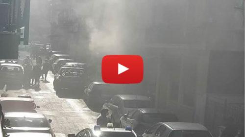 Paura in una palazzina all'Arenella: televisore esplode in casa, intervengono i pompieri 📹 VIDEO